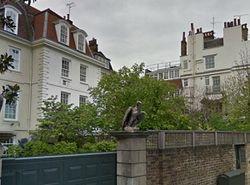 Три в одном: Лондон разрешил Абрамовичу изменить особняк 17 века