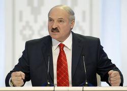 Лукашенко считает, что Беларуси угрожают внешние силы