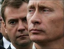 Медведев с Путиным в 2018 г. меряться не будет – реакция ВКонтакте
