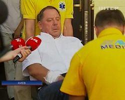 Петра Мельника медики доставляют в суд