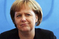 Меркель хочет новый договор о ЕС, ЕС – против
