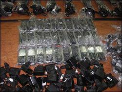 контрабанда мобильных телефонов