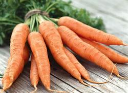 Сумы встретили марш оппозиции грузовиком моркови и кроликами в супермаркетах – СМИ