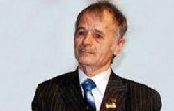 Джемилев сложит мандат депутата, если захочет Верховная Рада