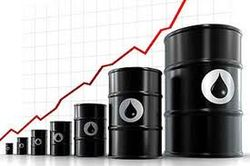 Мексиканский шторм поднял цены на нефть