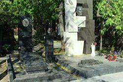 Режиссера и сценариста Тодоровского похоронят на Новодевичьем кладбище в Москве