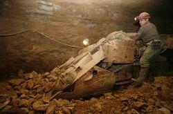 Бесценный металл: 60 горняков погибли в золотой копи в Судане