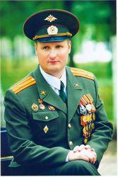 Ослепшего в чеченской войне офицера выгоняют из армии – СМИ