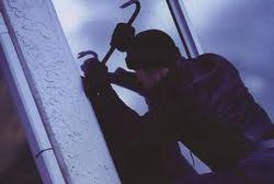 300 тысяч гривен вынесли грабители из магазина в Ровно