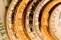 Какие возможны комбинации между базовым активом и опционами?
