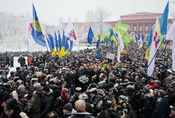 Черновцы: оппозиция Украины готовит горячую встречу главе МИДа РФ С. Лаврову
