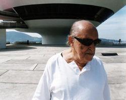 Оскар Нимейер не выдержал болезни и умер на 105-м году жизни