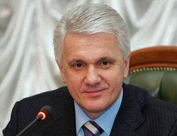 Отставка Литвину пока не грозит