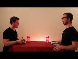 ТОП видео YouTube: пародия на то, как едят животные, взорвала интернет