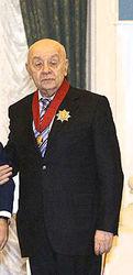 Перелом у Леонида Броневого не подтвердился, артист получил ушиб