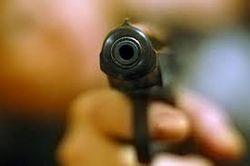 Милиционеры в Днепродзержинске устроили стрельбу, когда ехали за откатом