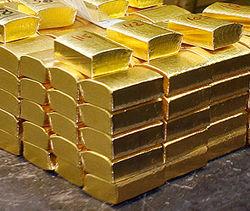 Золото на Лондонской бирже дешевеет