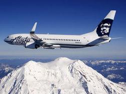 Самолет совершил аварийную посадку из-за попытки суицида пассажира