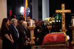 Александр Лукашенко вылетит в Каракас на похороны Уго Чавеса