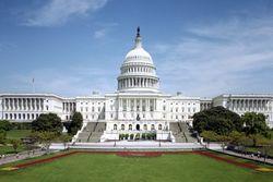 Сенат США дал добро на повышение налогов на триллион