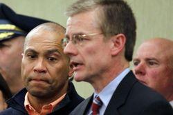 Расследование бостонских терактов поручили ФБР