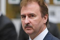 Попов увольняет чиновников, связанных с каштановым скандалом в Киеве