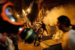 Демонстранты в Турции атаковали представительства правящей партии – последствия
