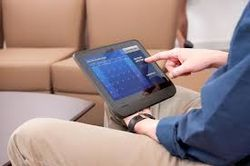 В США скоро разрешат пользоваться планшетами на борту самолетов