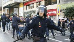 Полиция Испании: Вчера разгоняли пикеты, ныне сами вышли c протестом