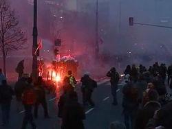 День независимости Польши: драка со 100 тыс. человек