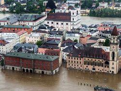 Ради спасения от потопа немцы будут подрывать суда на Эльбе