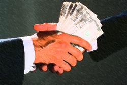 Поволжский чиновник раздавал гранты за взятки