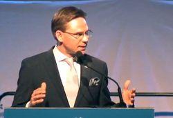 Премьер-министра Финляндии пытались зарезать на предвыборной акции