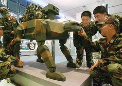 Ученые России создадут систему управления боевыми роботами
