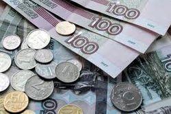 доллар вырос, а евро упал к российскому рублю