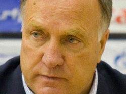 Россия не является фаворитом Евро-2012, считает Дик Адвокат