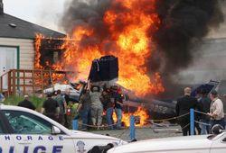 В США на дом упал истребитель F-18. Погибли люди