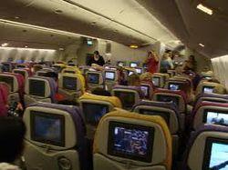 ТОП видео YouTube: за танцы во время полета самолета могут и посадить