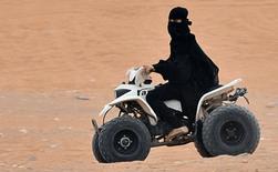 Саудитки получили право управлять квадроциклами