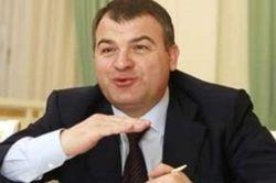 СМИ: Сердюков и его зять в деле о махинациях с автопарком Генштаба