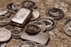 Рынок драгметаллов: золото и серебро бьют рекорды