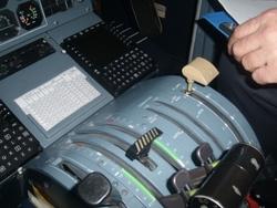 80-летняя американка посадила самолет, не умея управлять им
