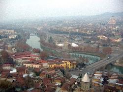 Сильное землетрясение в Грузии, удары ощутили и жители Тбилиси