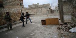 Сирийские повстанцы взяли крепость на границе с Турцией