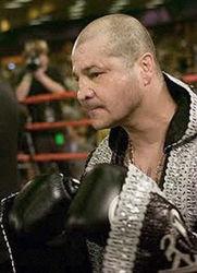 Скончавшийся чемпион мира по боксу имел проблемы с наркотиками