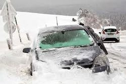 Словакия парализована снегопадом, который может накрыть и Чехию
