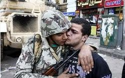 Версия: генералы свергли Мурси, чтобы не мешал делать деньги