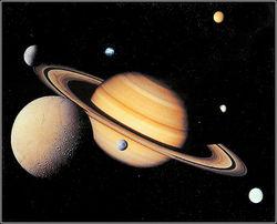 Спутник Сатурна выделяет настолько много тепла, что там может быть обнаружена жизнь