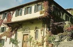Стинг в шоке от налогов в Италии – ему приходится сдавать свой дом