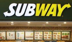 Анти PR: сотрудники Subway публиковали в соцсети неприличные фото